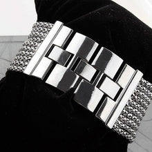 Load image into Gallery viewer, Hot Sale Women's Quartz Silver Tone Band Rhinestone Bangle Bracelet Watch