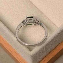 Load image into Gallery viewer, Elegant Women's 925 Silver Princess Cut Emerald Ring