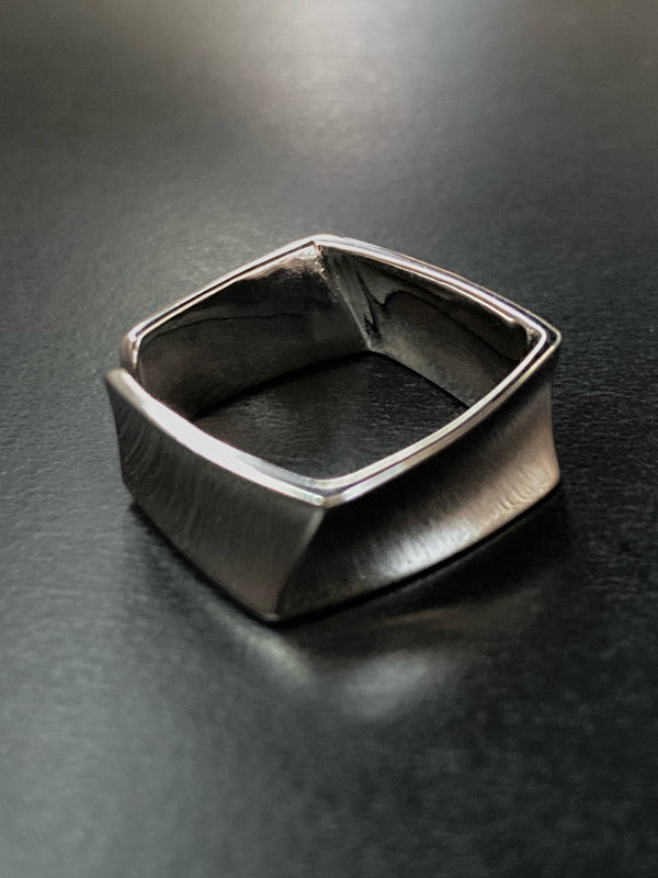 The MGJ Mirror Ring