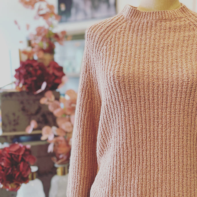 Raglan Pullover in Clay