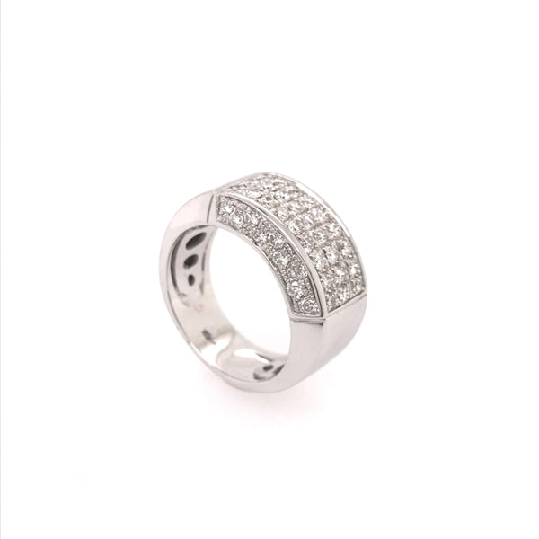 Modern Pavée ring in White gold