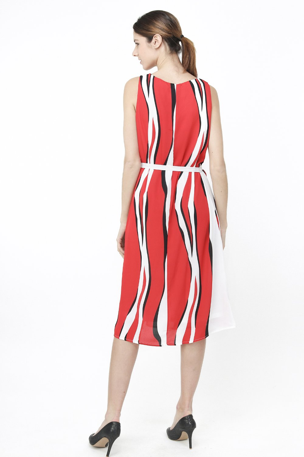 BELTED DRESS WITH PRINTED PATTERN