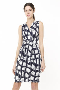 FAKE HEART-CACHE DRESS WITH FLORAL PATTERN