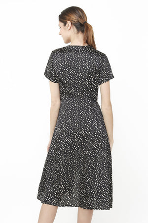 HEART-CACHE DRESS WITH SIDE BUTTONING