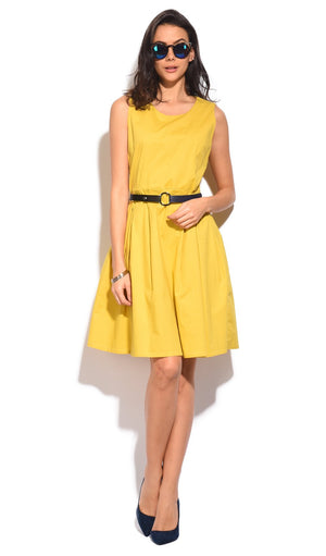 SHORT BELTED DRESS WITH PLEATED BOTTOM