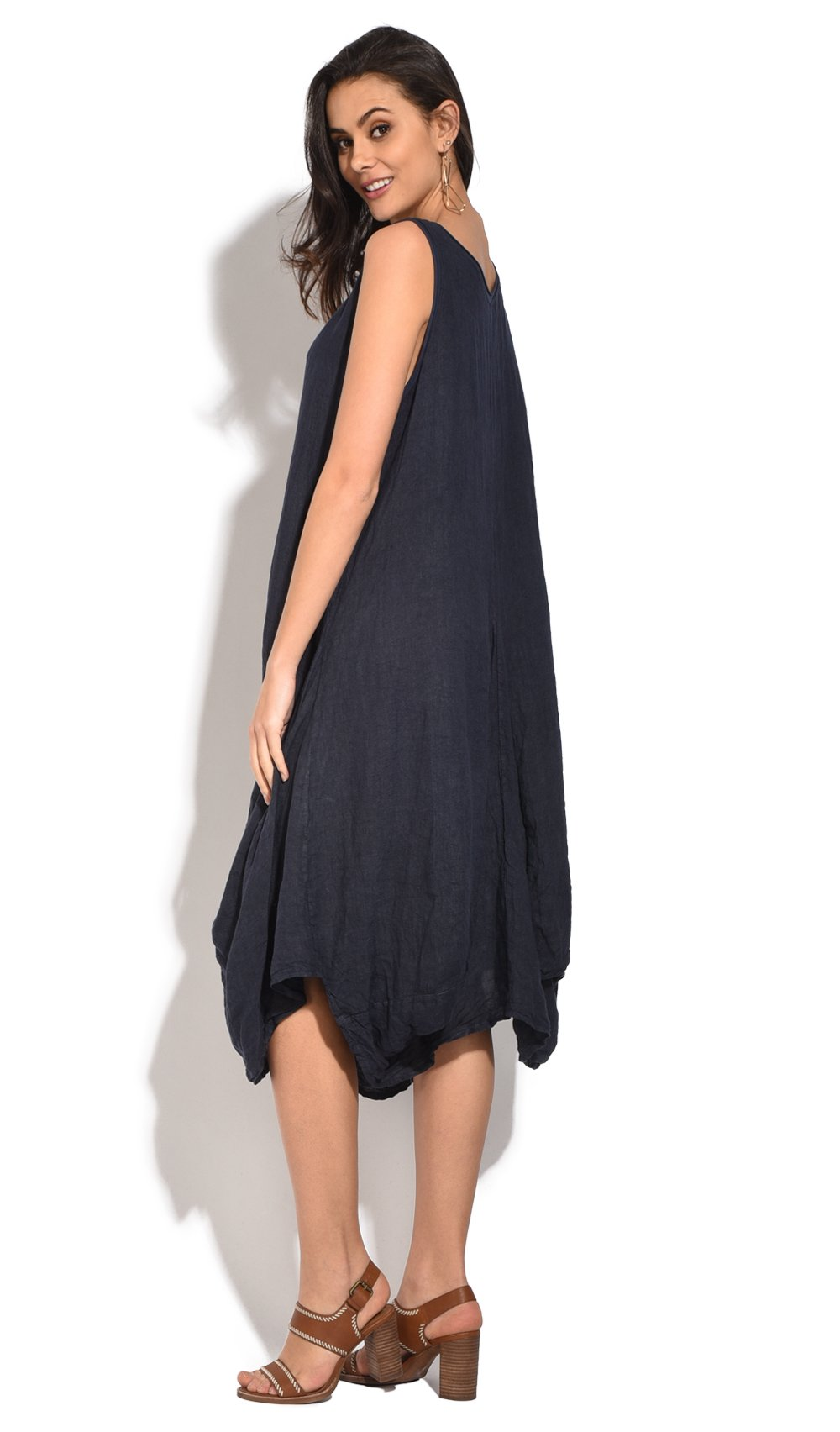 FLUID LONG DRESS WITH ROLLED ROUND COLLAR AND POCKETS