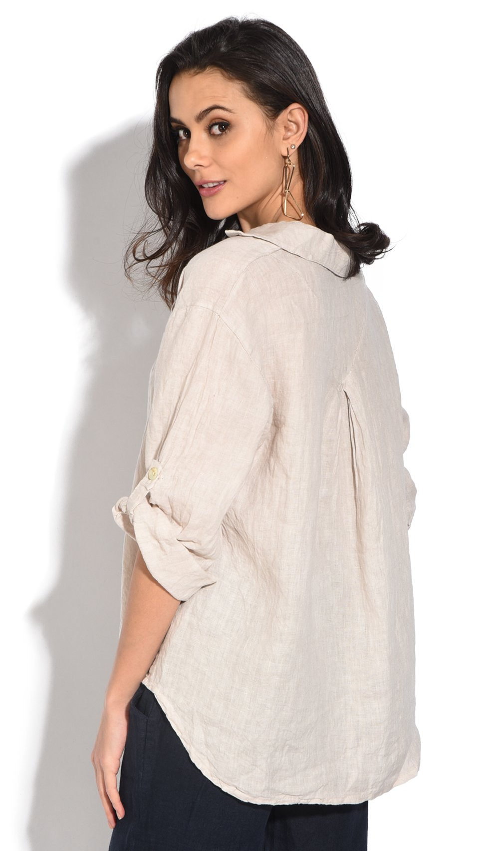 V-NECK TOP WITH LONG ATTACHABLE SLEEVES AND POCKETS