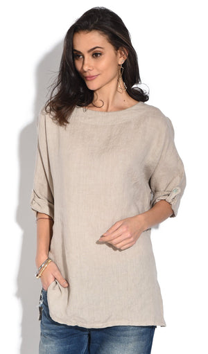ROUND COLLAR TOP WITH SLIGHT LATERAL OPENING