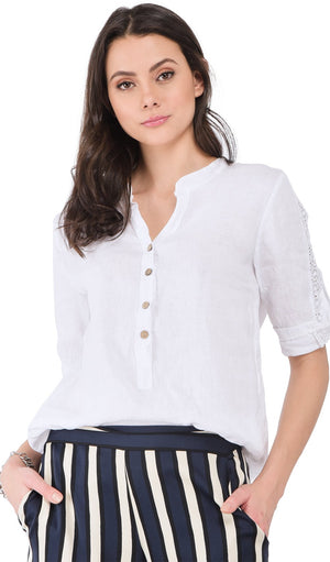 BUTTONED TUNISIAN COLLAR BLOUSE WITH LACE INSERT
