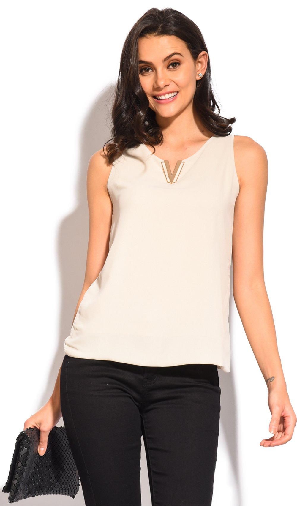 ACCESSORIZED V-NECK TOP WITH DOUBLE-LINING