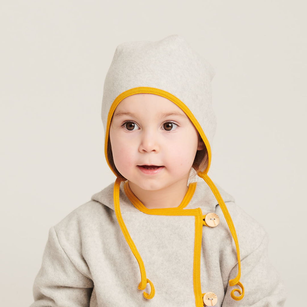 "Fleece baby hat with ear flaps ""Fleece Grey/Mustard"" - Cheeky Apple"