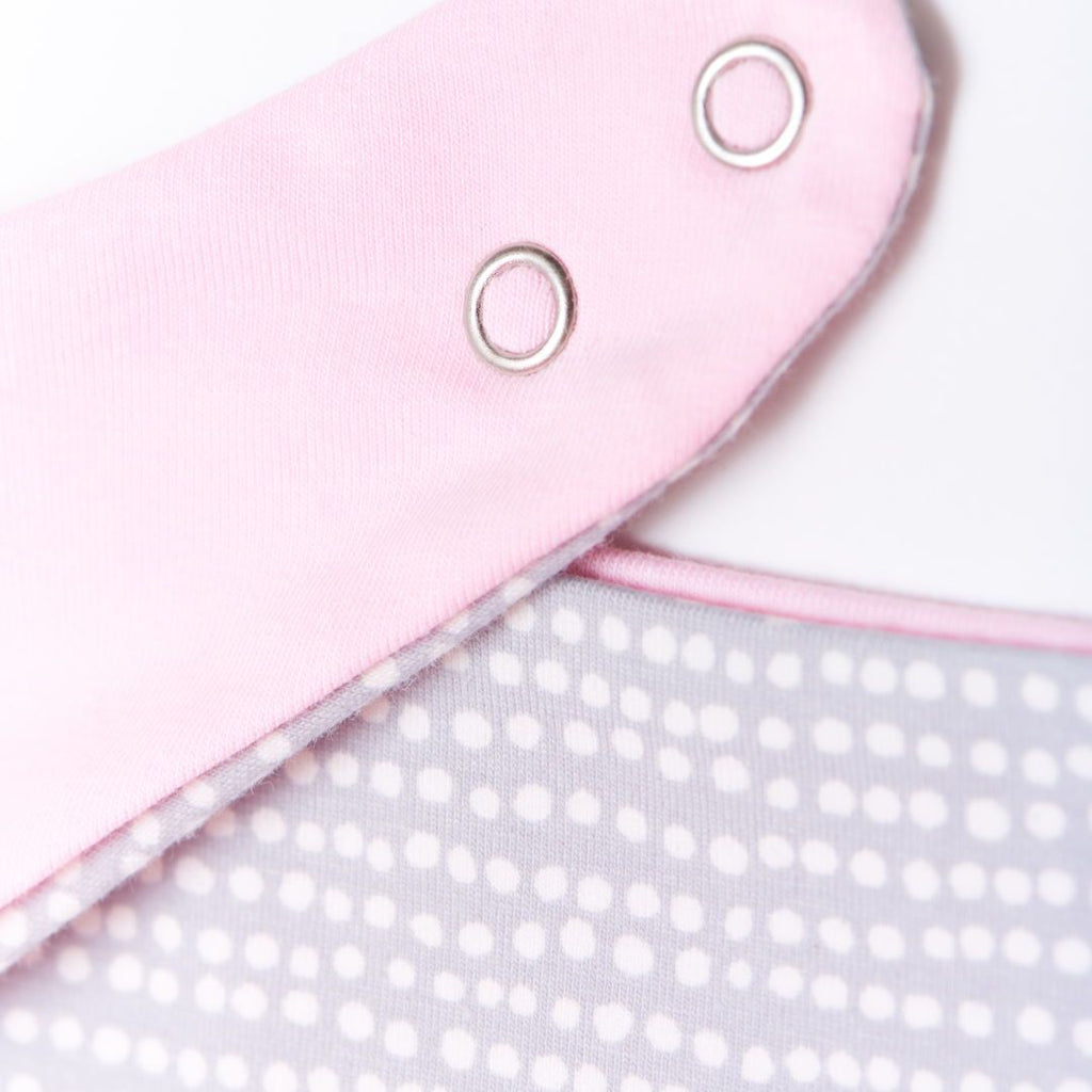 "Dribble bib ""Dotted Lines Grey/Light Pink"""