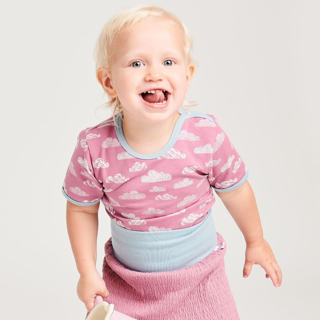 "Organic shortsleeve baby body ""Clouds Vintage Rose"" made from 95% organic cotton and 5% elastane"
