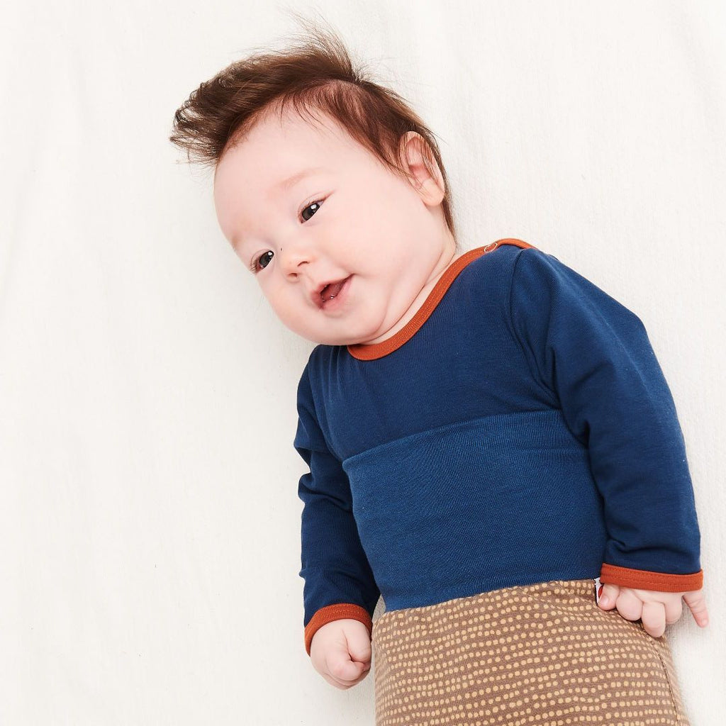 "Long-sleeve baby body ""Indigo/Rust"""