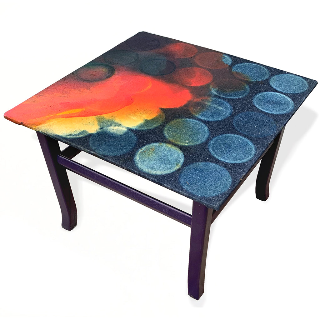 Nebulas Side Top Table