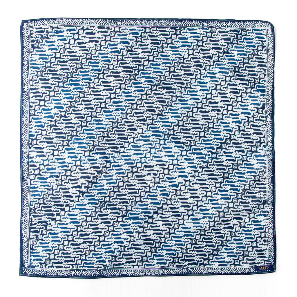 100% cotton indigo dyed bandana in diagonal swirling pattern by Muur