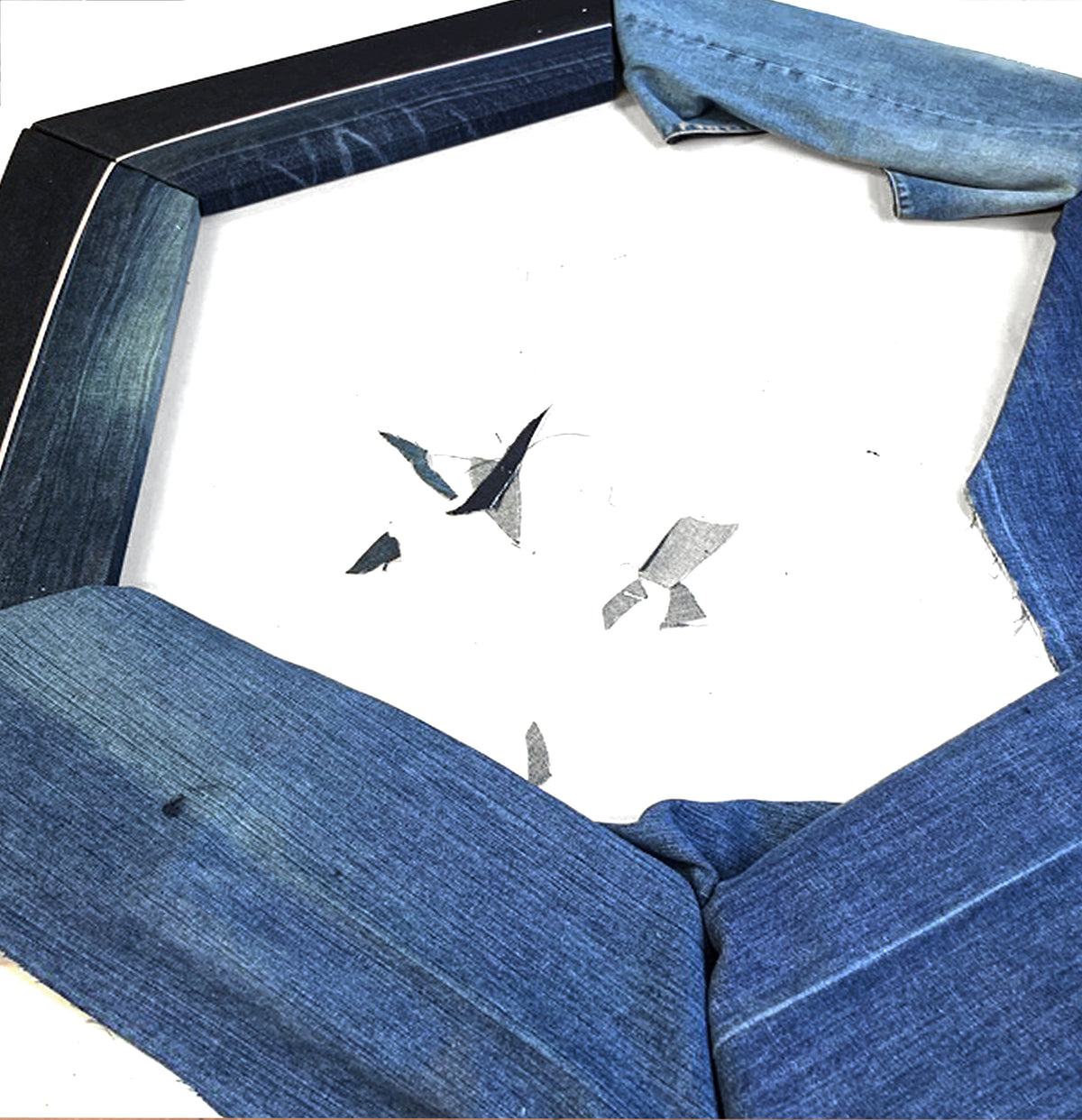 Making process of denim framed hexagonal mirror