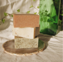 Load image into Gallery viewer, Tea Tree + Mint with French Green Clay Soap