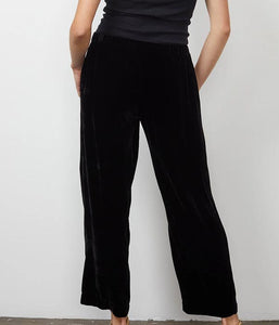 Dennie Pant In Black