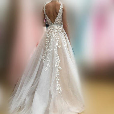 V-neck Wedding Dresses Light Champagne Floor Length