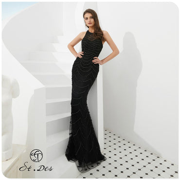 Round Neck Sleeveless Russian Black Sequins Floor Length Evening Dress