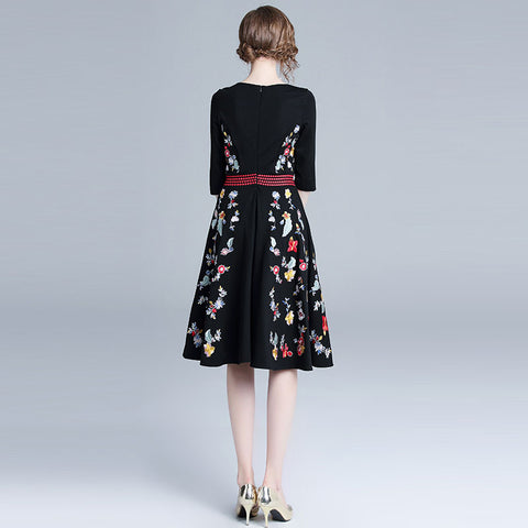Luxury Floral Embroidery Ladies Party A-line Elegant Slim Dress