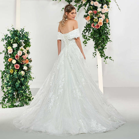 floor length bridal outdoor&church lace wedding dresses