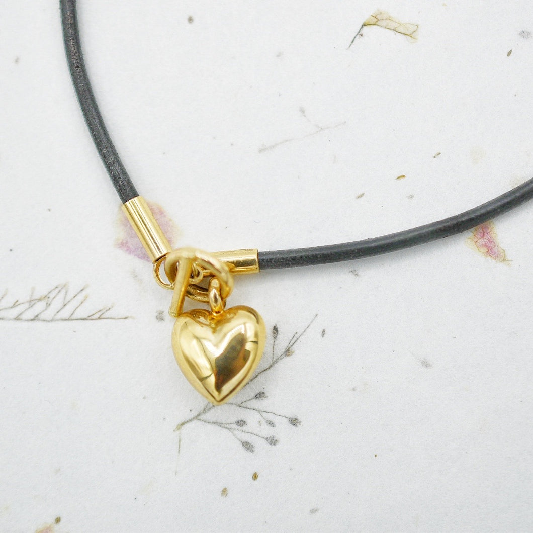 Leather and Puffed Heart Anklet
