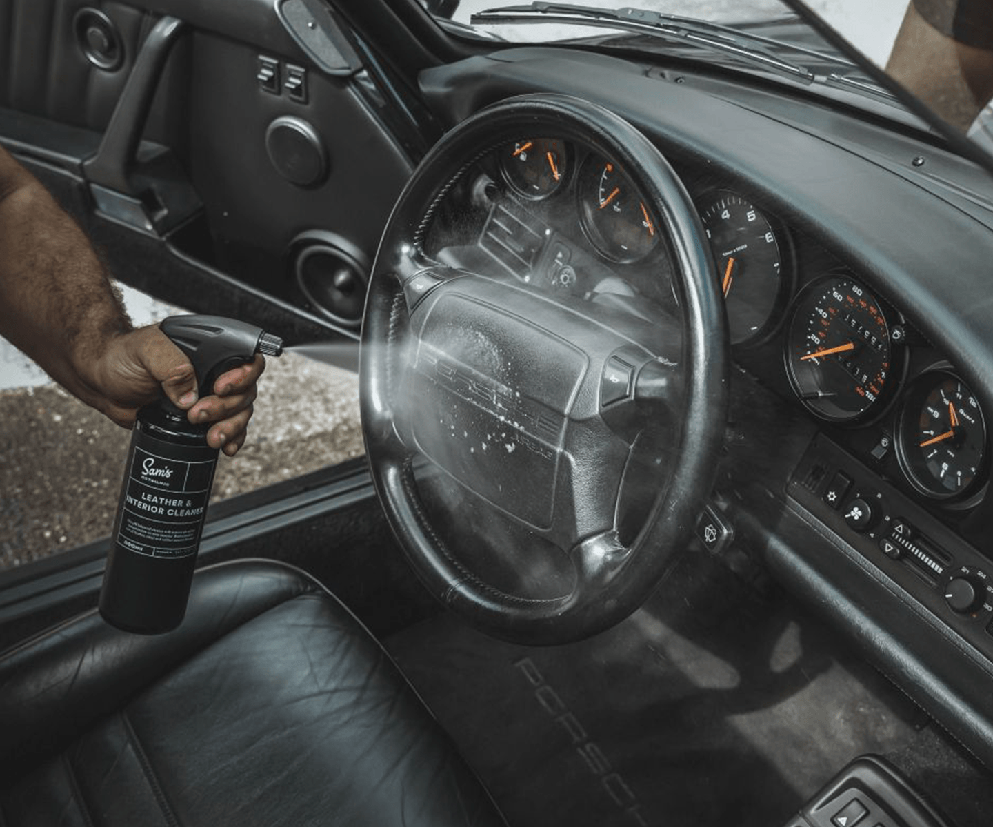 LEATHER & INTERIOR CLEANER