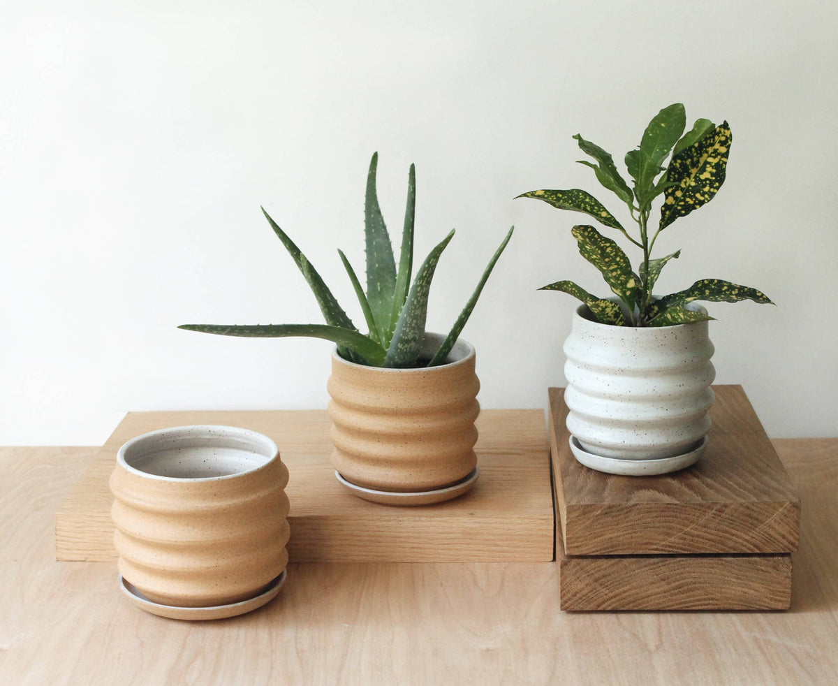 Medium Stoneware Planter (White)