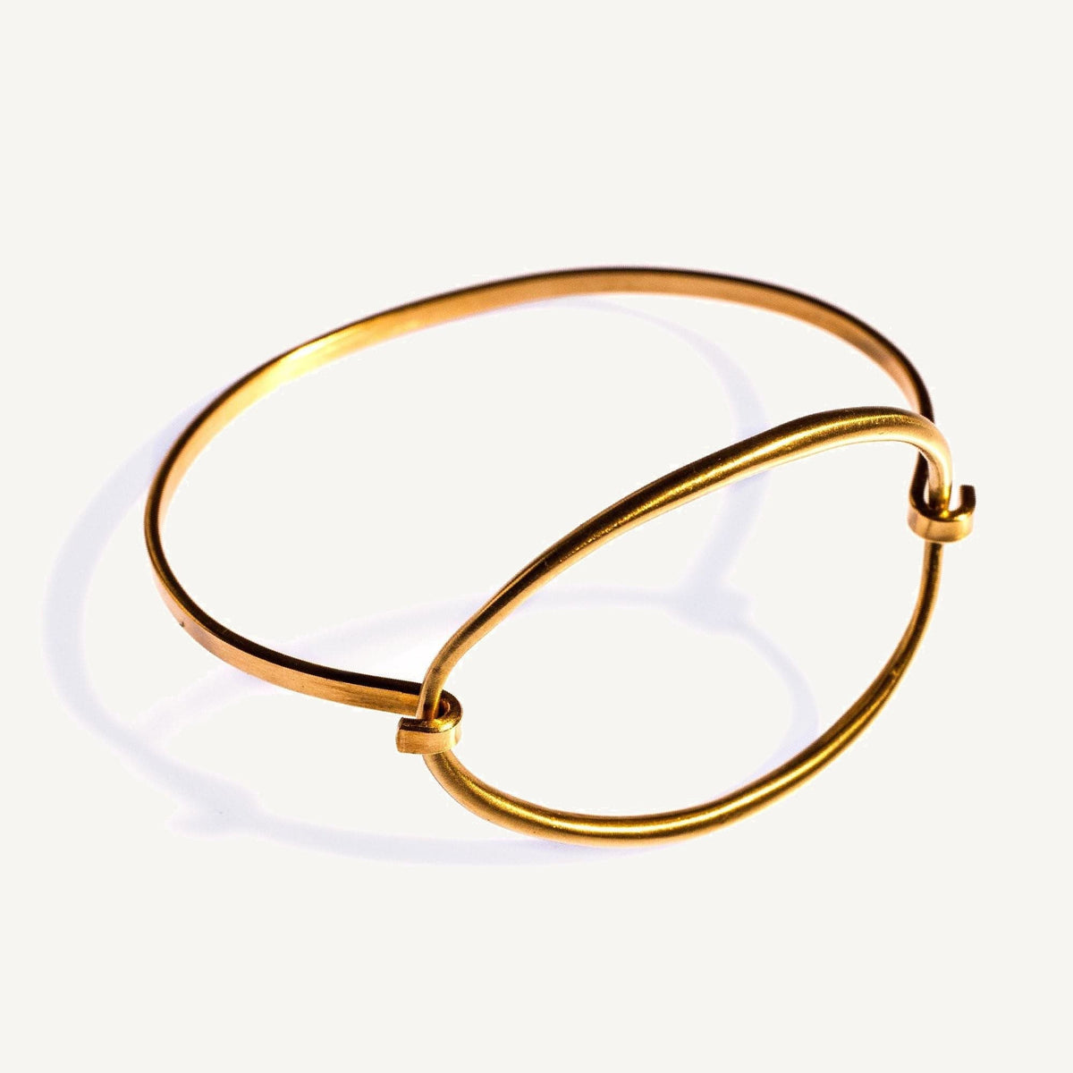 Convex Ellipse Tension Cuff Brass