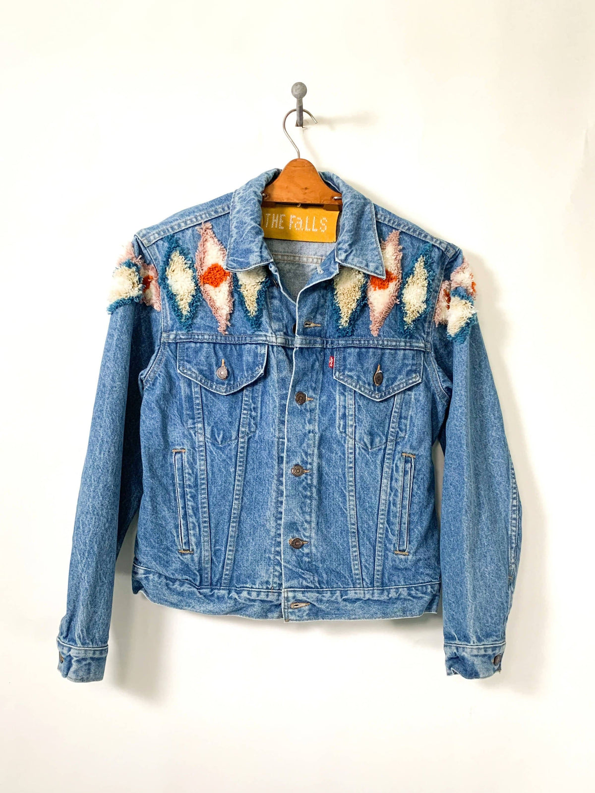 Tufty denim trucker