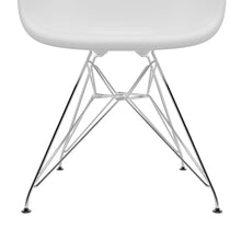 Load image into Gallery viewer, Eames Eiffel Armchair DAR CE99 1