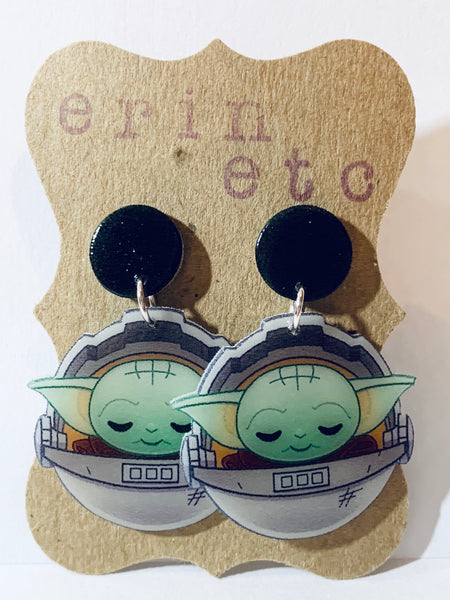 Handmade Retro Dangle Earrings - Baby Yoda (carrier)