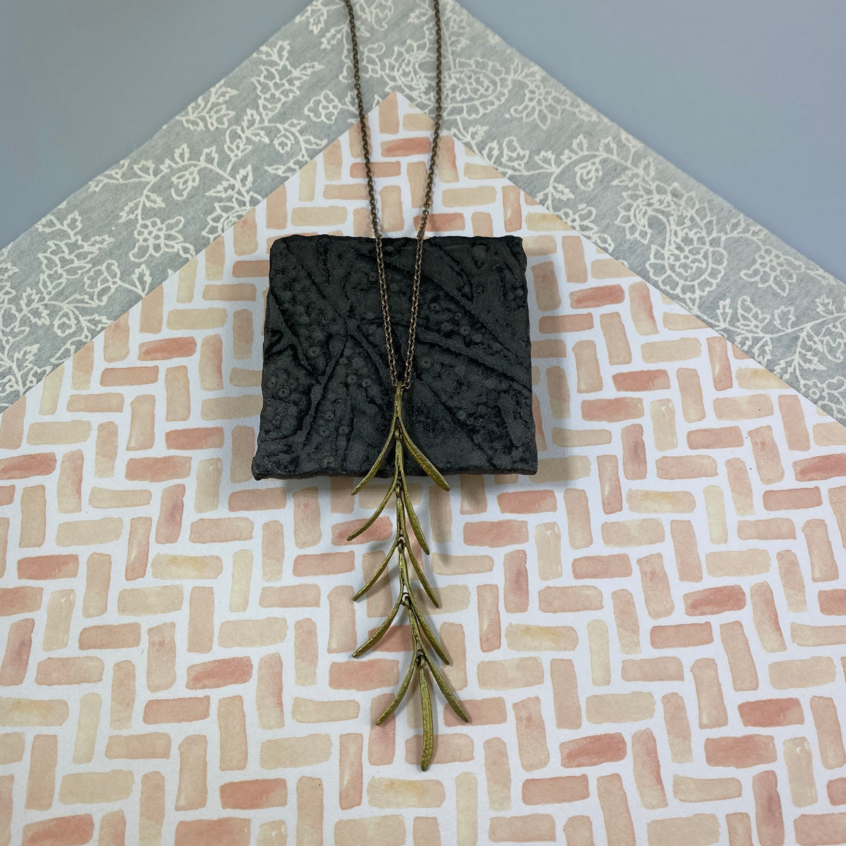 Rosemary Pendant - Heart of the Home PA