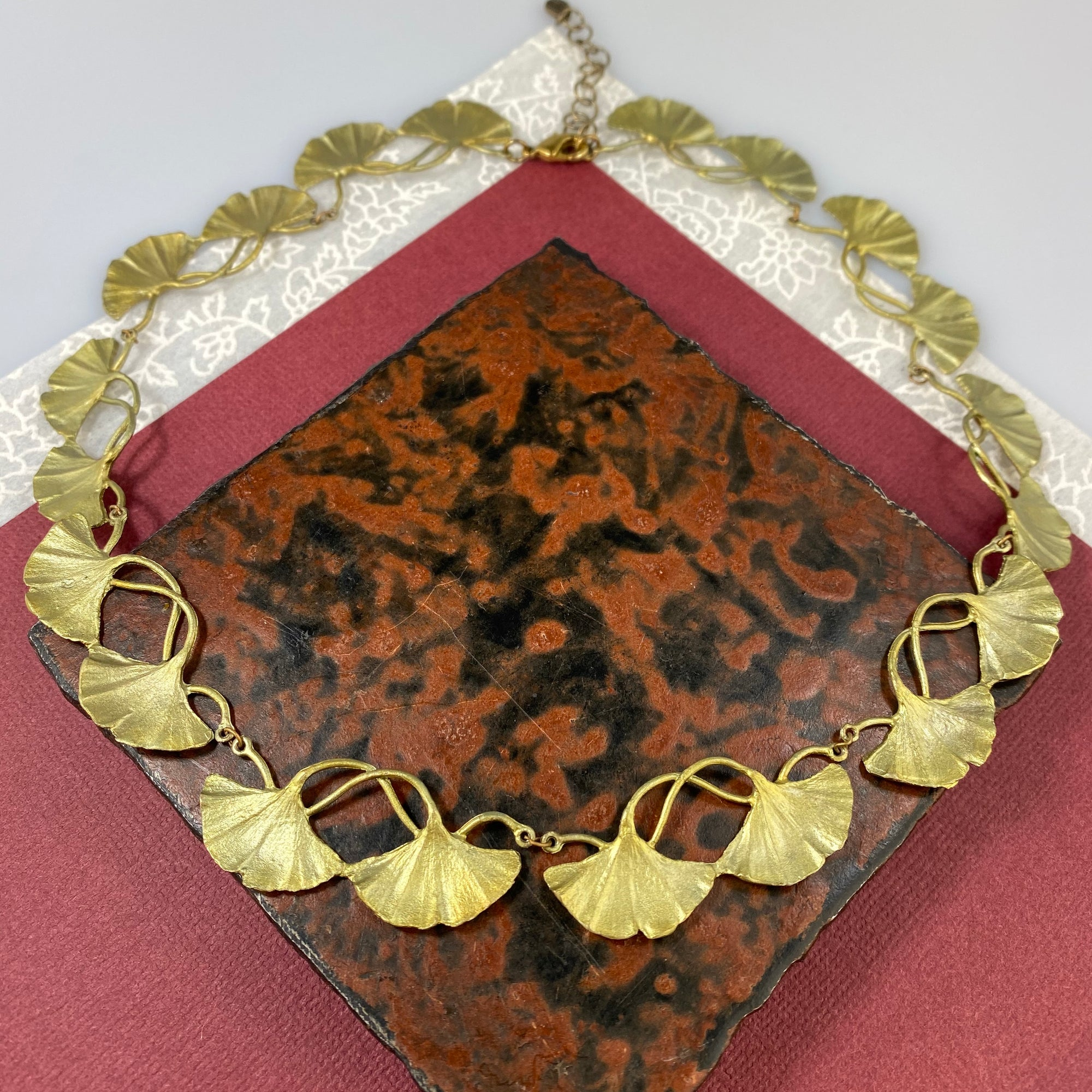 Ginkgo Contour Necklace - Heart of the Home PA