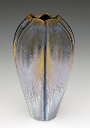 Small Iris Vase - Heart of the Home PA