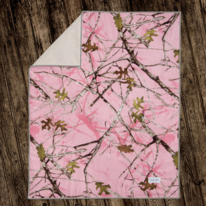 Camo Baby Pink Quilt - Shop Baby Slings & wraps, Baby Bedding & Home Decor !