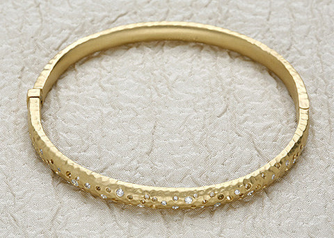 Holy Diamond Bangle(.50ctw)(18k)