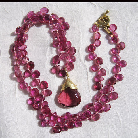 "Hot Pink Tourmaline Ruffled Necklace, Teardrop Pear Pendant 17"" Necklace(18k)"