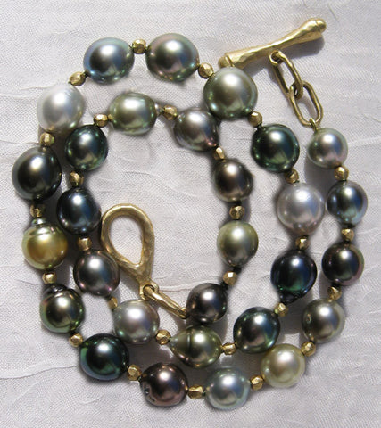 Tahitian Rainbow Pearl(9x12mm) GoldBall Necklace(18k)