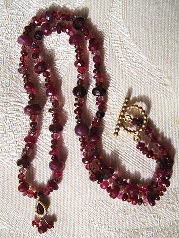 "Who Said Red PebbleBerry Ruby Teardrop Pendant (.25ctw)17"" Necklace (garnet/pink tourmaline/ruby/spinel)(14k)"
