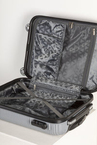 Fully Lined Fashion Travel Case - Silver