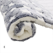 Load image into Gallery viewer, 2019 Washable Bed Puppy Cushion House Soft Warm Large Pet Dog Cat Kennel Mat Blanket Cushions Mattress Kennel Soft Crate Mats