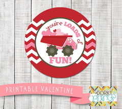 """Loads of Fun"" Valentine Circle Tags Holiday Printables"