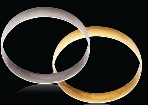 18ct Yellow gold D-Shape 10mm Gold bangles 26.30g