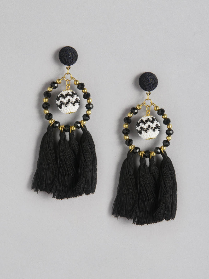 Tussell Ball Earring