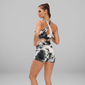 GYMKARTEL® SUPPORTIVE SPORTS BRA - TIE-DYE BLACK