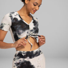 Load image into Gallery viewer, GYMKARTEL® ANTI-CELLULITE T-SHIRT - TIE-DYE BLACK