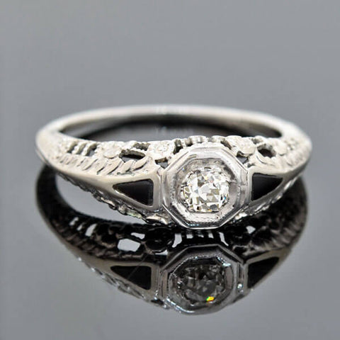 Art Deco 18kt Diamond Onyx Engagment Ring 0.15ct